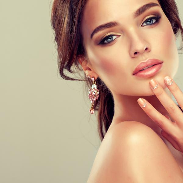 Make everyone look with amazing wedding visitor cosmetics!